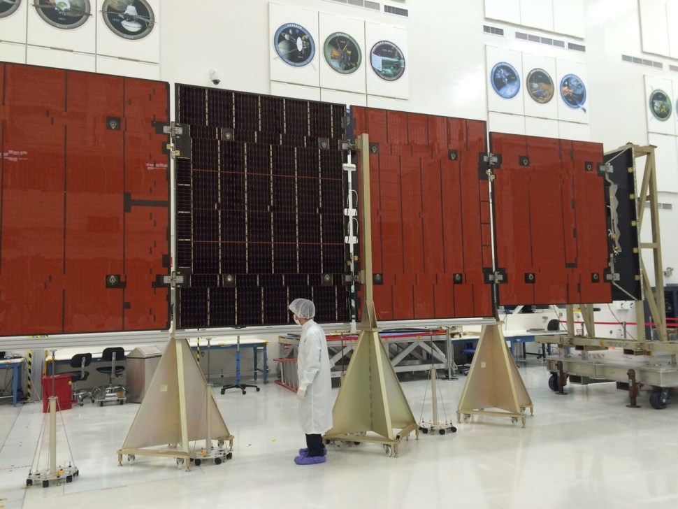 Full size model of one of Juno's solar array arms. Photo: Katherine Leipper.