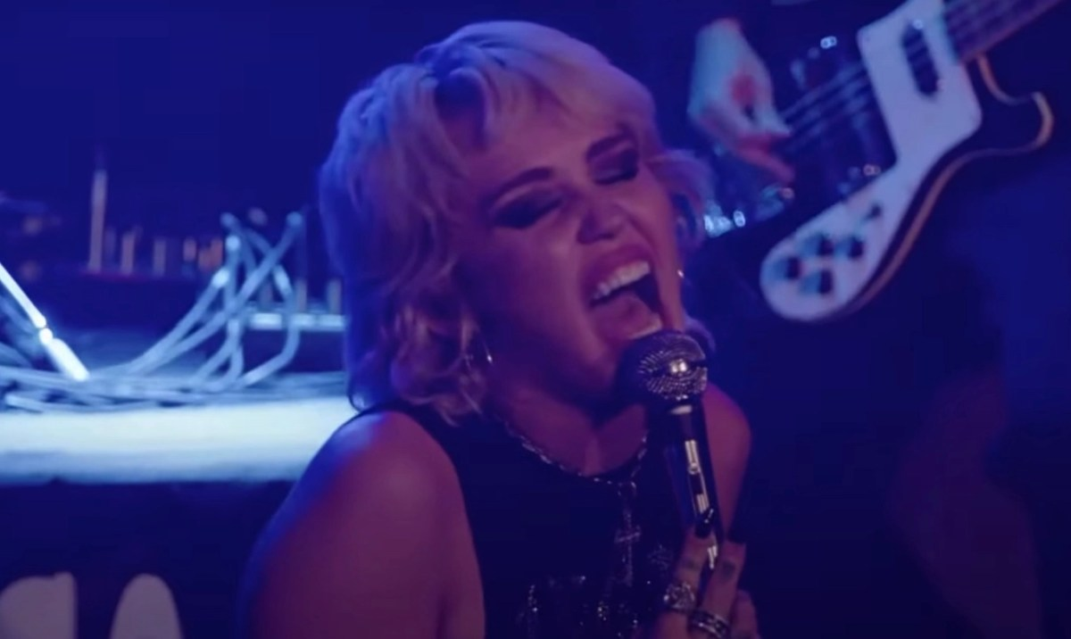 Miley Cyrus covers The Cure and The Cranberries | Boing Boing