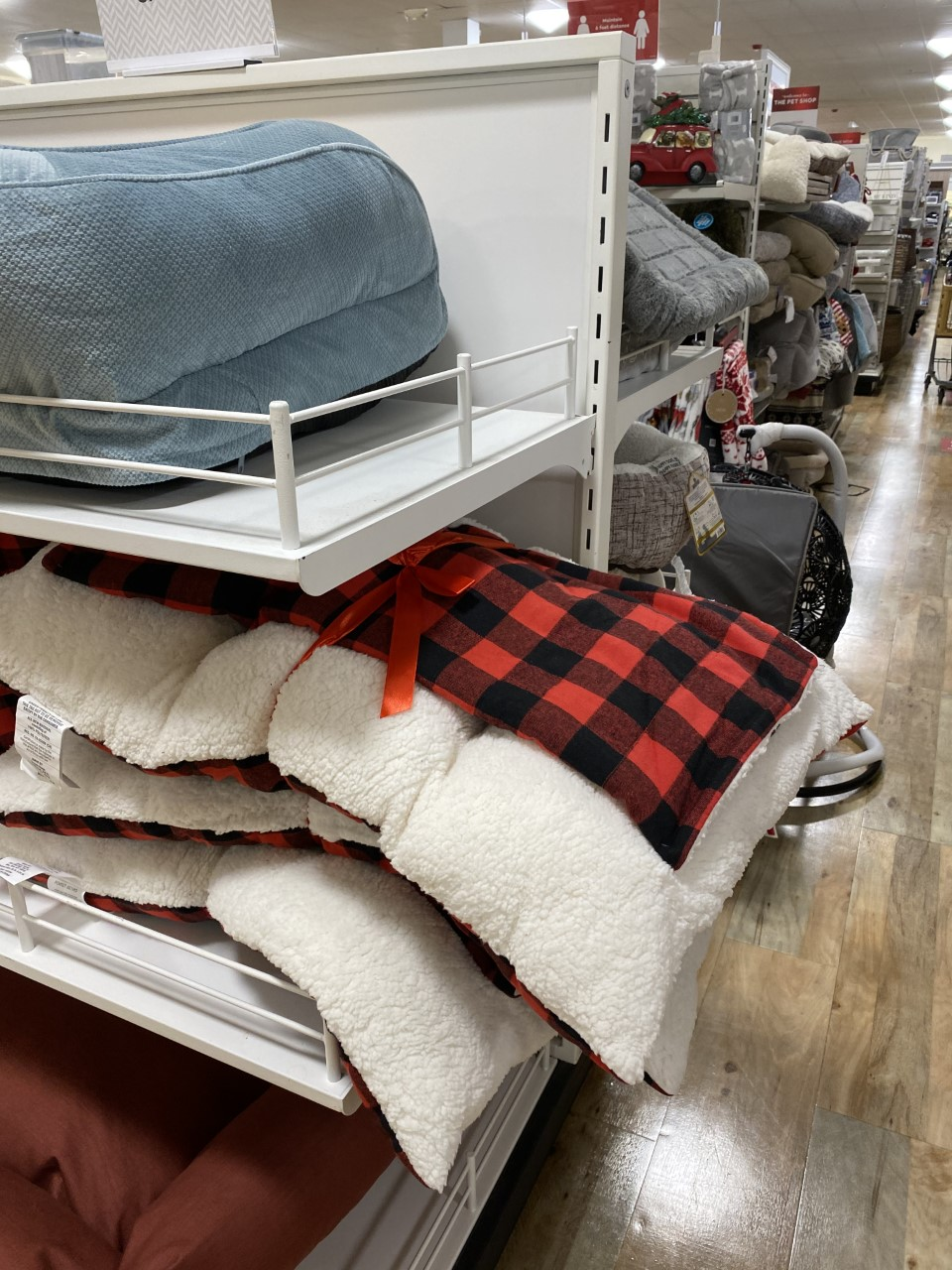Home Goods Bed Frames : goods, frames, Goods, Beds,, Like,, Boing