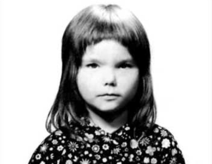 Listen to Bjork singing at age 11
