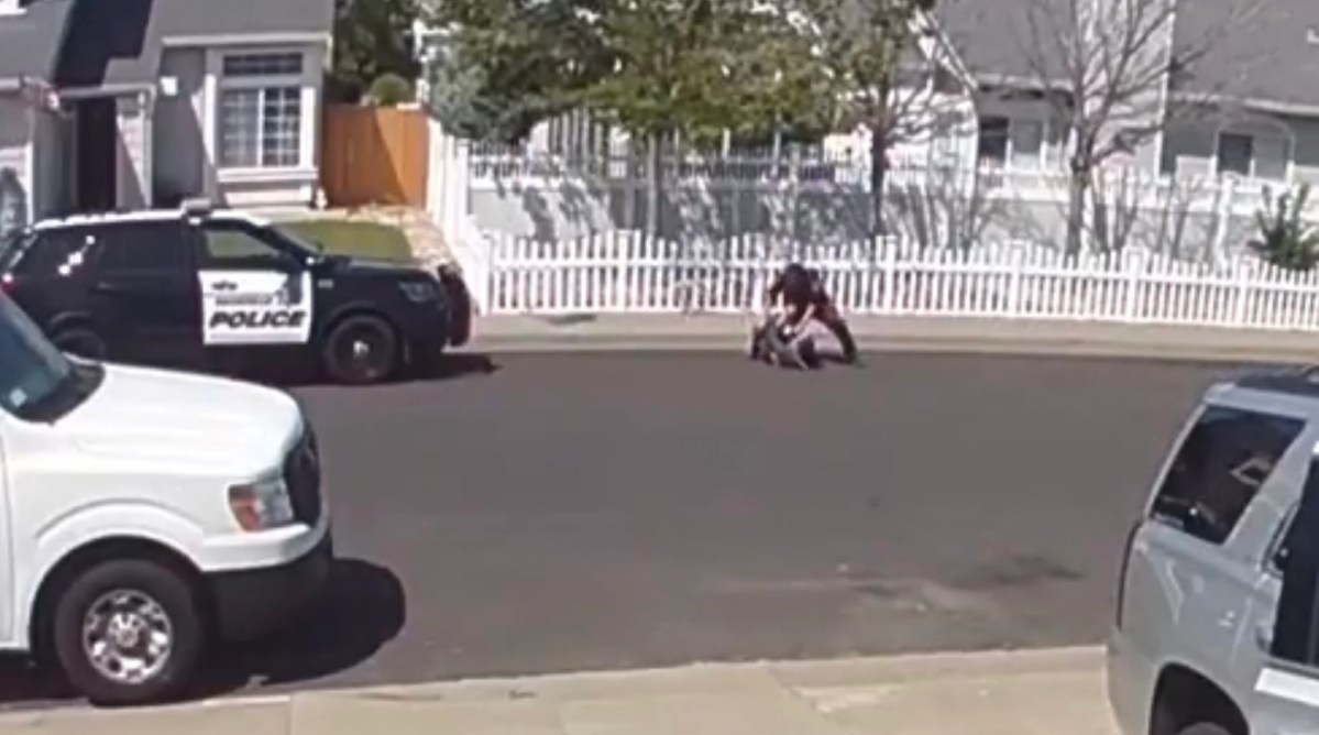"""Cop filmed punching teen with autism: """"You're gonna get hurt. Don't make me hurt you more"""" 