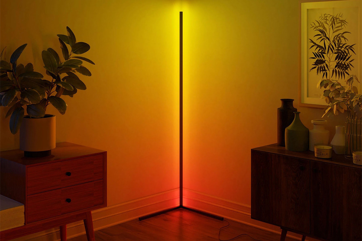 This hyper-cool, minimalist floor lamp is guaranteed to spark a conversation | Boing Boing