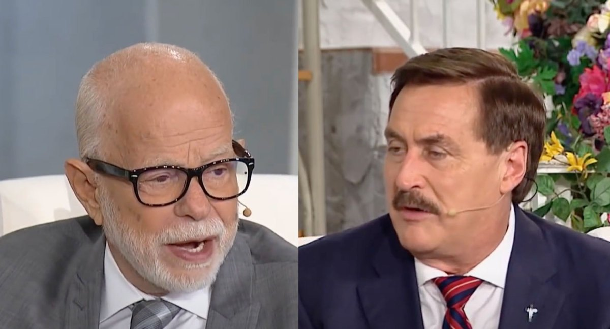 """Mike Lindell and Jim Bakker join forces to peddle """"Children's Bible Pillows"""" to help them fight the Devil 