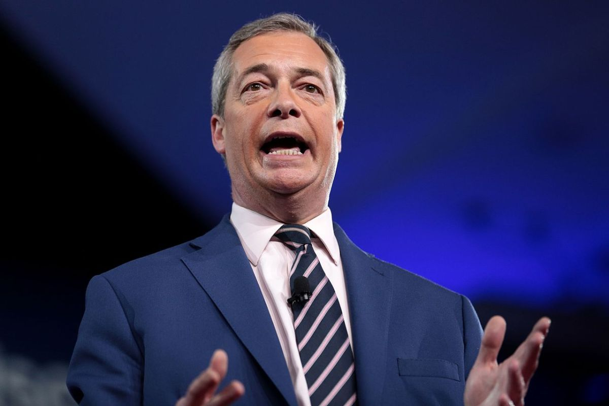 Watch Nigel Farage accidentally endorse the IRA on Cameo | Boing Boing