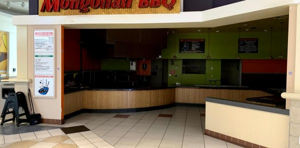 give boise mall fast pizza