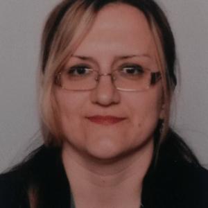 Dr Sanja Simić