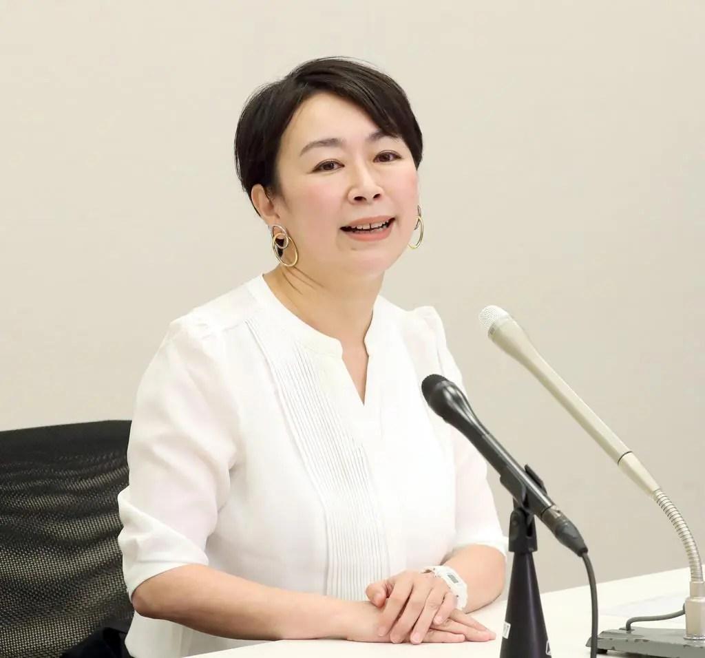 【引退表明】山尾志桜里「政治家とは別の立場で新しくスタートしたいことがある。」