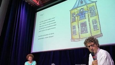 Speelse presentatie/lezing nieuw boek 'de 1,5 meter dans' van Elize van der Werff en Gerard Beentjes