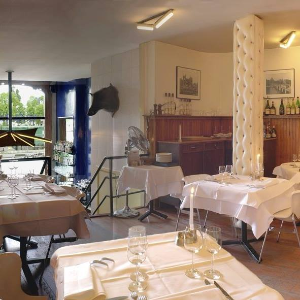 Gesproken column Leo Janssen: 'op restaurant'