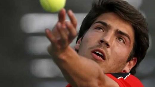 João Domingues eliminado por ex-top 100 mundial em Itália