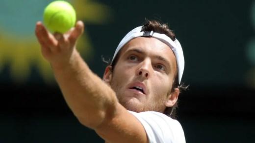 João Sousa joga pares em Wimbledon ao lado de Santiago Giraldo