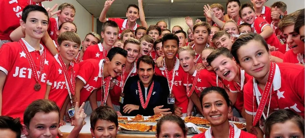 [VÍDEO] A mensagem de Federer para os seus fãs