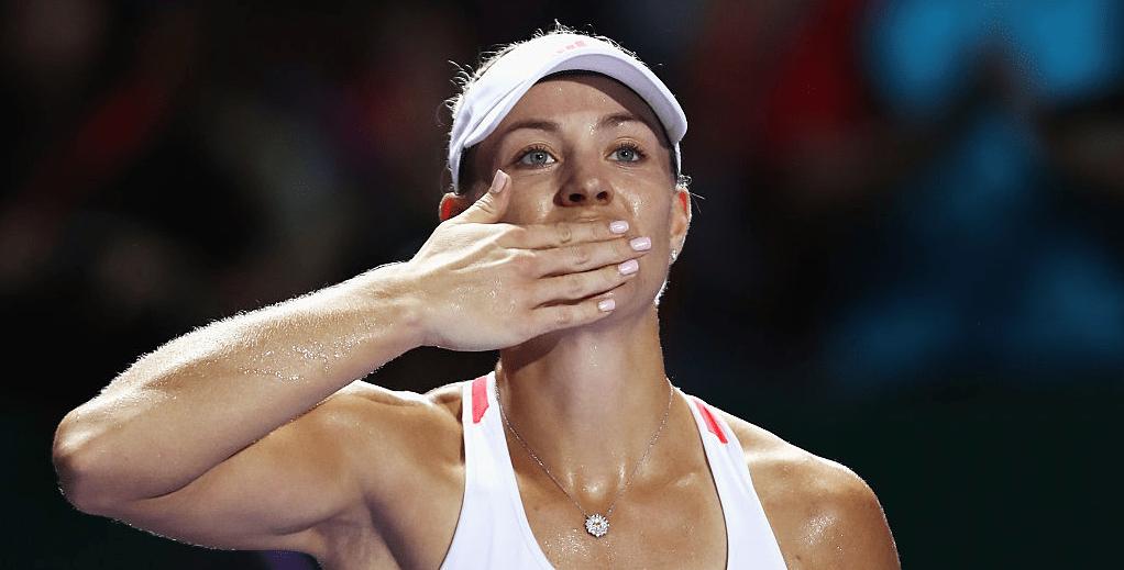 Kerber bate Keys, vence o Grupo e empurra Cibulkova para as 'meias' das WTA Finals