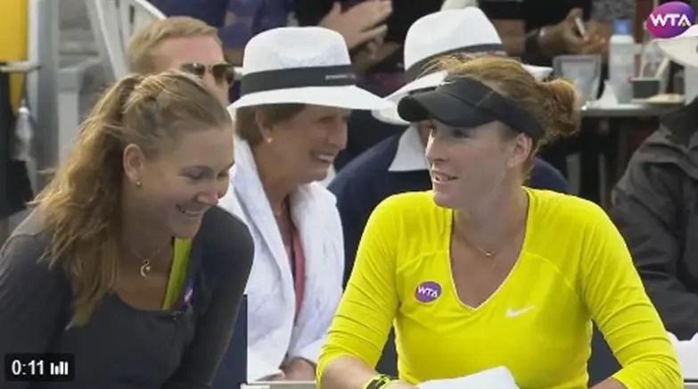 O cómico diálogo entre Madison Brengle e a sua treinadora momentos antes de derrotar Serena
