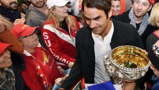 [Fotos] Euforia total no regresso de Federer à Suíça