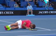 [Vídeo] Gavrilova atingiu Sock no local onde dói mais e ele acabou no chão
