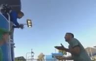 [Vídeo] Viktor Troicki perde a cabeça após má decisão da árbitro