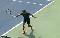 [Foto] Ele já chegou! Federer está no Dubai pronto para 1.º torneio pós 18.º título do Grand Slam
