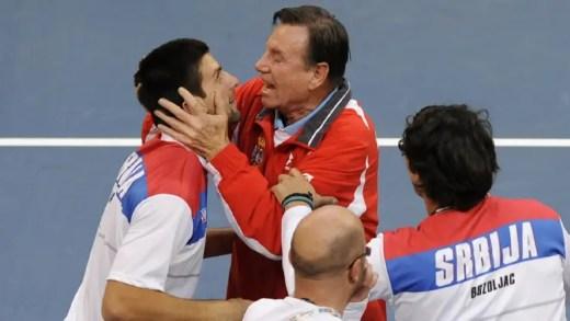 """Ex-treinador de Djokovic espera que ele """"volte a ser a pessoa que era"""""""