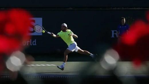 João Sousa vs. Mischa Zverev tem transmissão em direto na Sport TV