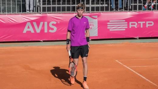 Jovem sensação Andrey Rublev avança no qualy do Millennium Estoril Open