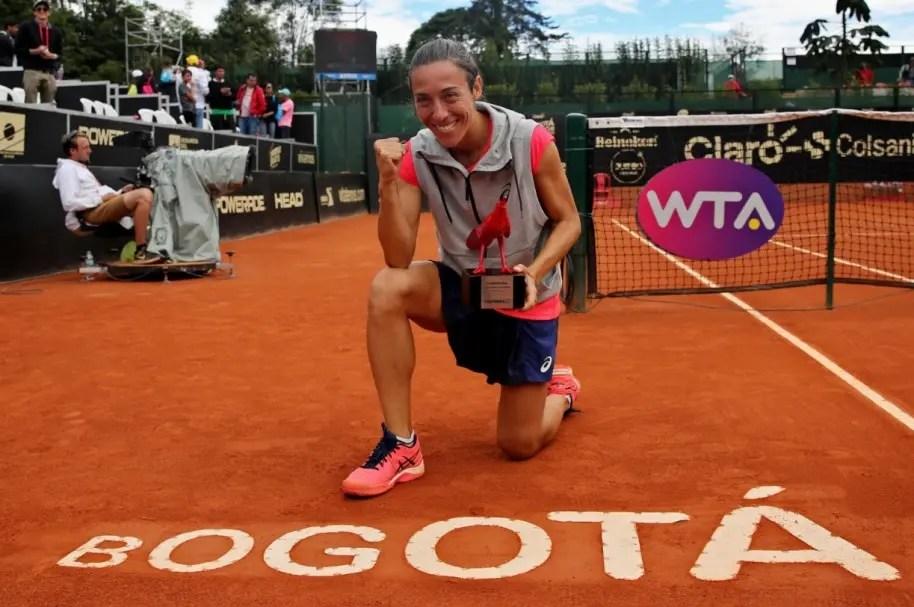 Schiavone, aos 36 anos, conquista o seu primeiro título em 14 meses e garante entrada direta em Roland Garros