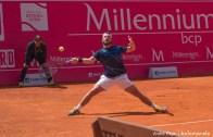 João Monteiro entra a ganhar em Espanha