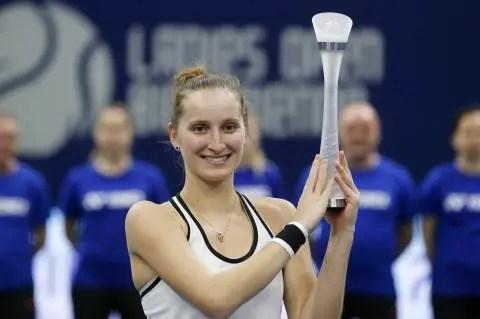 Marketa Vondrousova conquista o primeiro título WTA da carreira aos… 17 anos