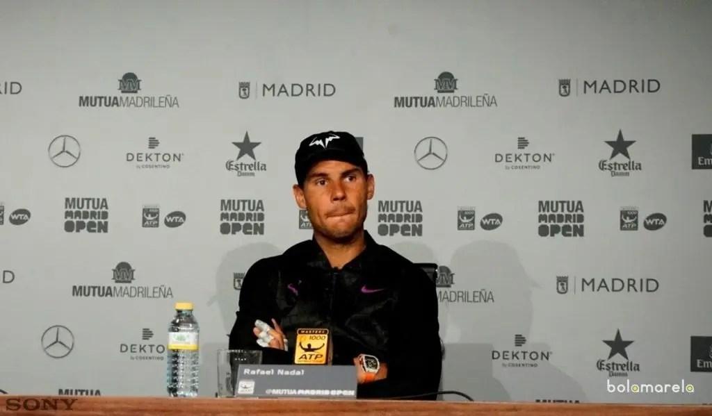 Djokovic leva susto, mas vence Almagro e avança em Madri