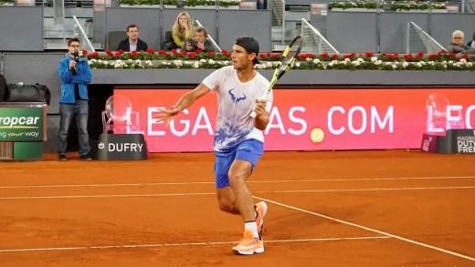 [Vídeo e Fotos] Nadal chamado ao court depois de cancelado o Djokovic-Nishikori