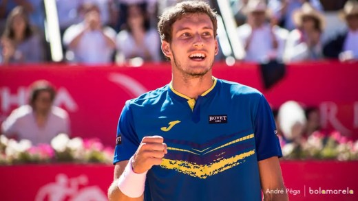 Carreno-Busta tira Ferrer do caminho e regressa à final no Estoril