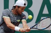 João Sousa perde na 1.ª ronda de Antalya e chega a Wimbledon sem vitórias em relva
