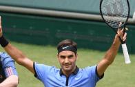 Federer derrota Mischa Zverev rumo aos 'quartos' em Halle e ultrapassa Wawrinka no lote de cabeças-de-série em Wimbledon