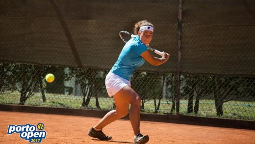 Ana Filipa Santos cede para a mais cotada tenista do Porto Open