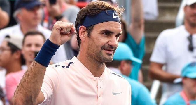 MAIS UMA. Federer soma 15.ª vitória seguida rumo às meias-finais em Montréal