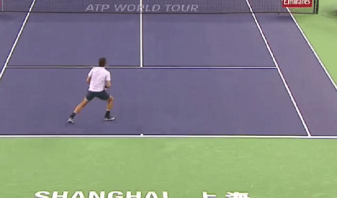 [VÍDEO] Federer fecha um jogo de serviço… em 47 segundos