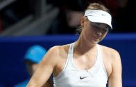 Sharapova fecha temporada com derrota na primeira ronda de Moscovo