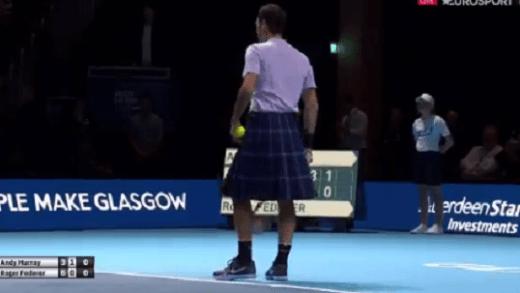 [VÍDEO] Roger Federer joga em Glasgow… de kilt