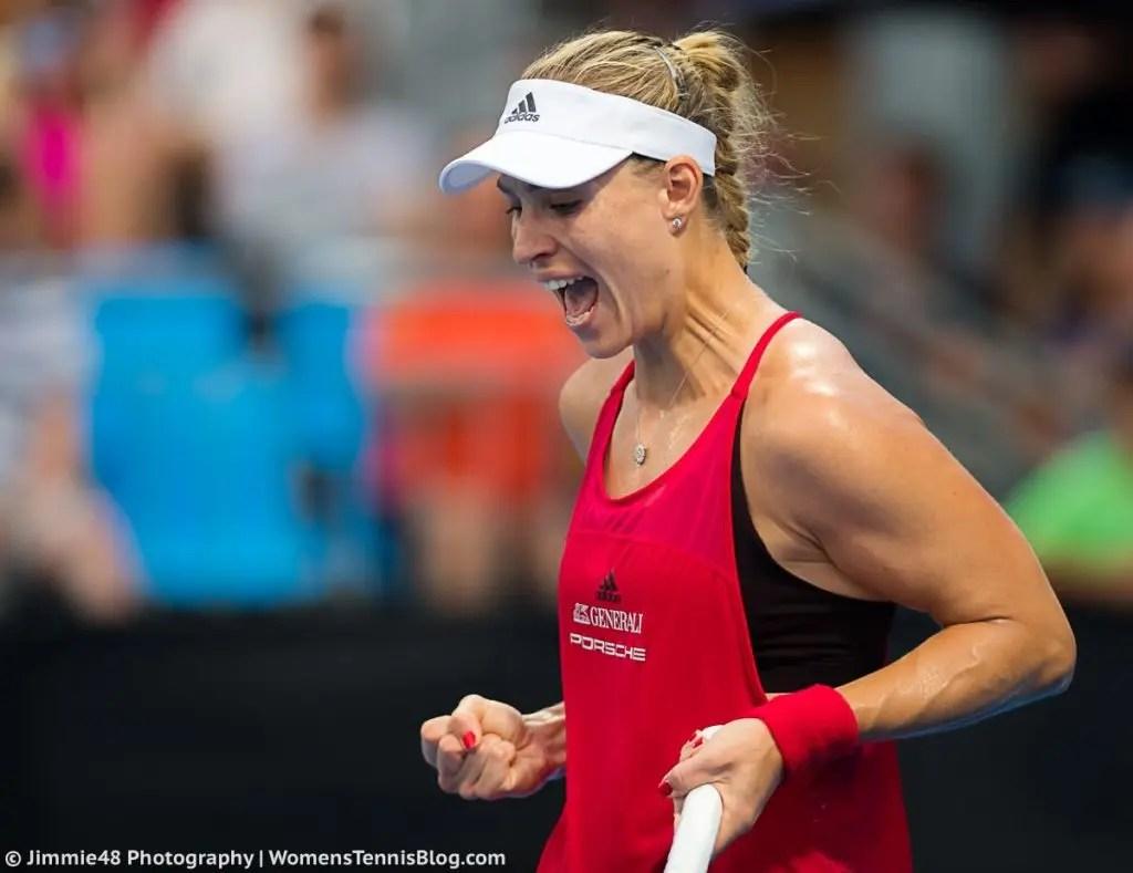Kerber salva dois match points diante de Safarova e encontra Venus em Sydney