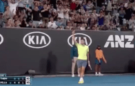 [VÍDEO] Tweener Magic! Dominic Thiem brilha e ganha o PONTO DO TORNEIO