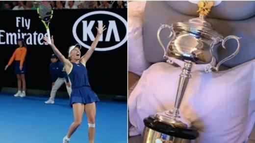 Wozniacki comprou um bilhete adicional no avião de regresso: para o troféu