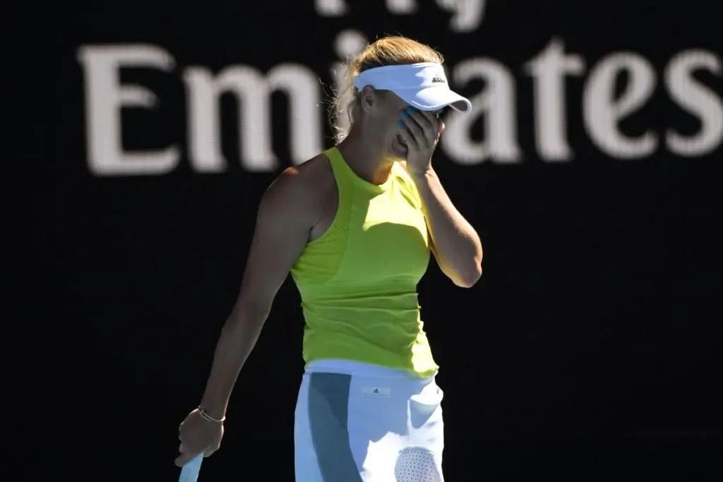 Wozniacki: «Senti-me com um pé fora do torneio. Tive sorte»