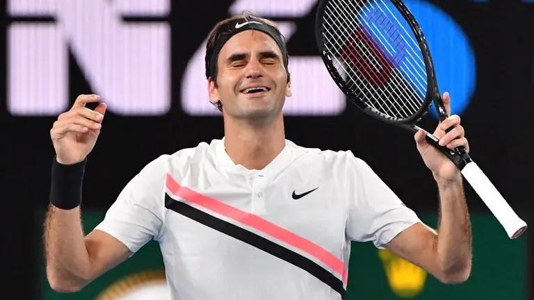 Federer entra de rompante em Roterdão e fica mais perto do número um