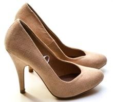 high heels 1327020 1280