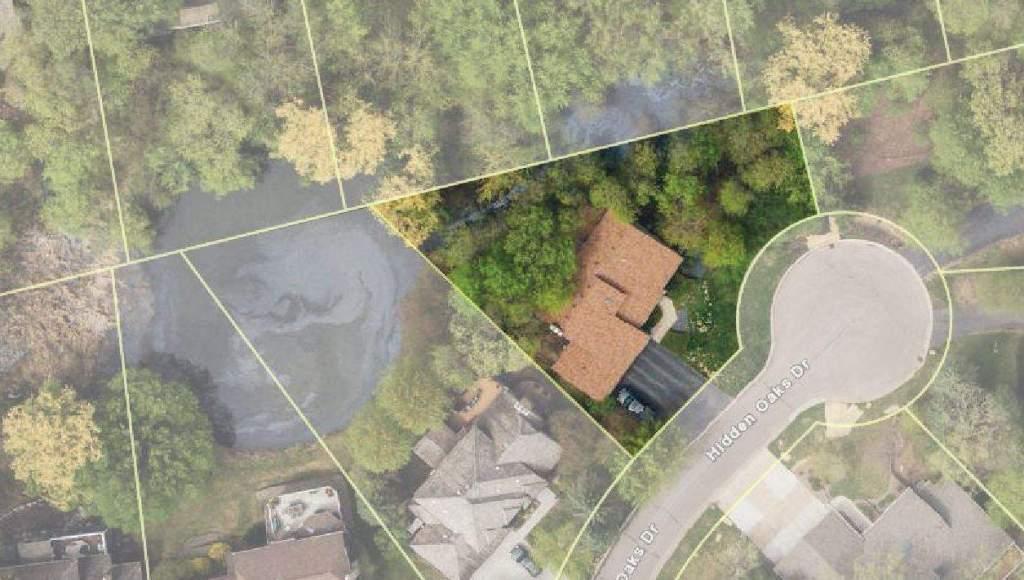 8820 Hidden Oaks lot outline
