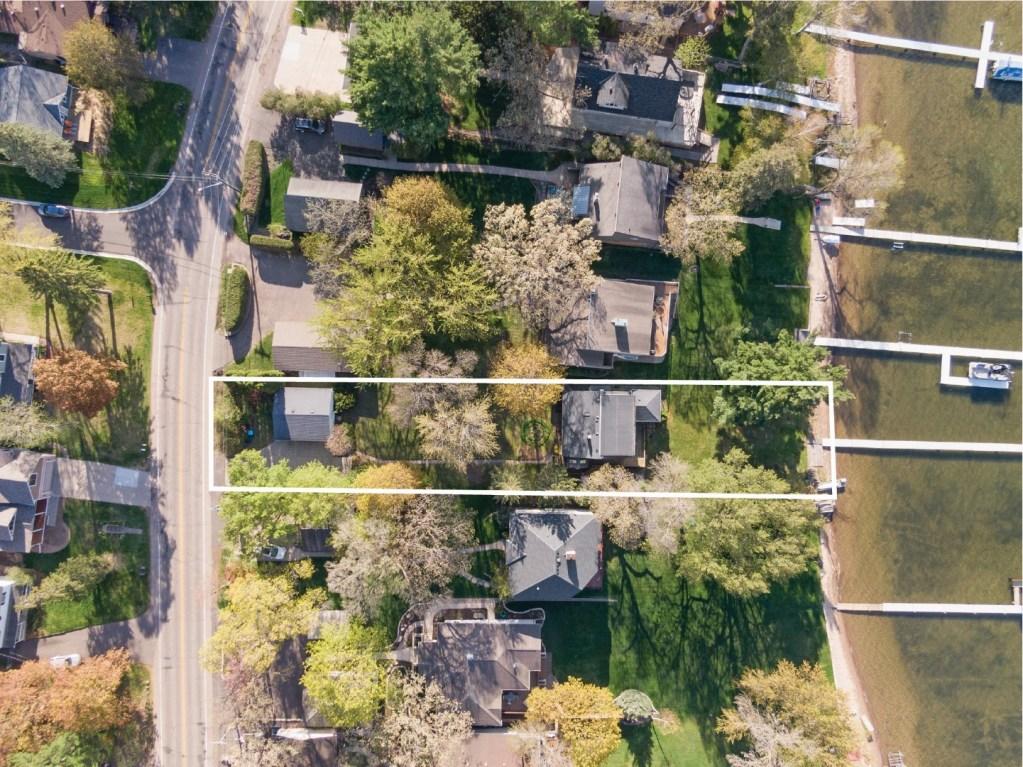 2579 S Shore Blvd - Lot Outline 2 (Large)