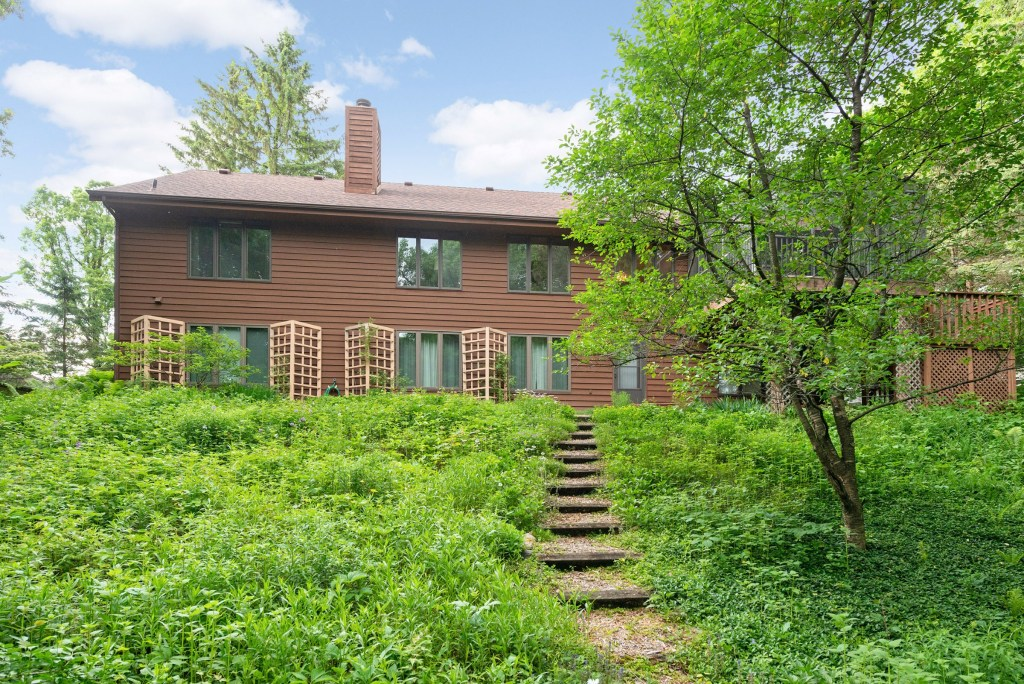 726 Marie Ave W, Mendota Heights (41) (Bold)