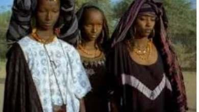 Photo of قبيلة تشامبوليالافريقية..الحكم للنساء والرجال للطبخ والتنظيف
