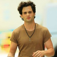 WATCH: Gossip Girl's Dan Humphrey/Penn Badgley as Jeff Buckley