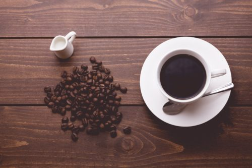 妊娠中のカフェインは取りすぎたらダメ?1日の摂取量や影響は?
